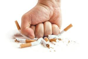 How smoking harms your vision?