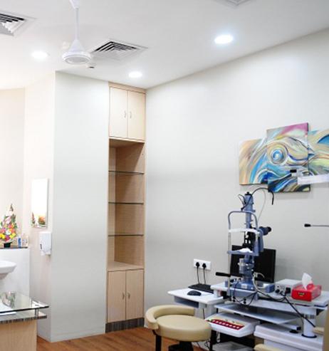 Lasik consultation room AEHI
