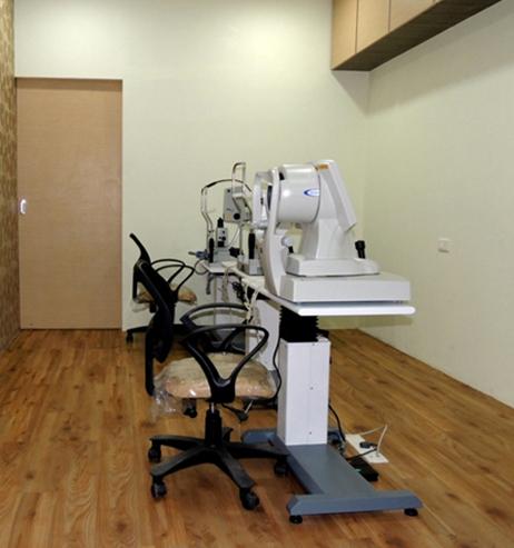 Cornea, Cataract and Lasik eye test