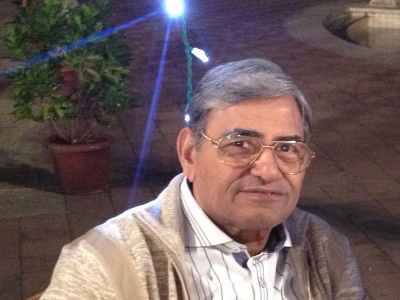 Mr Swadesh Kapoor